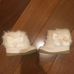 Sparkly bow boots